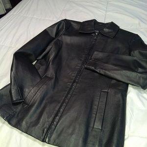 Bernardo Real leather coat Sz Small